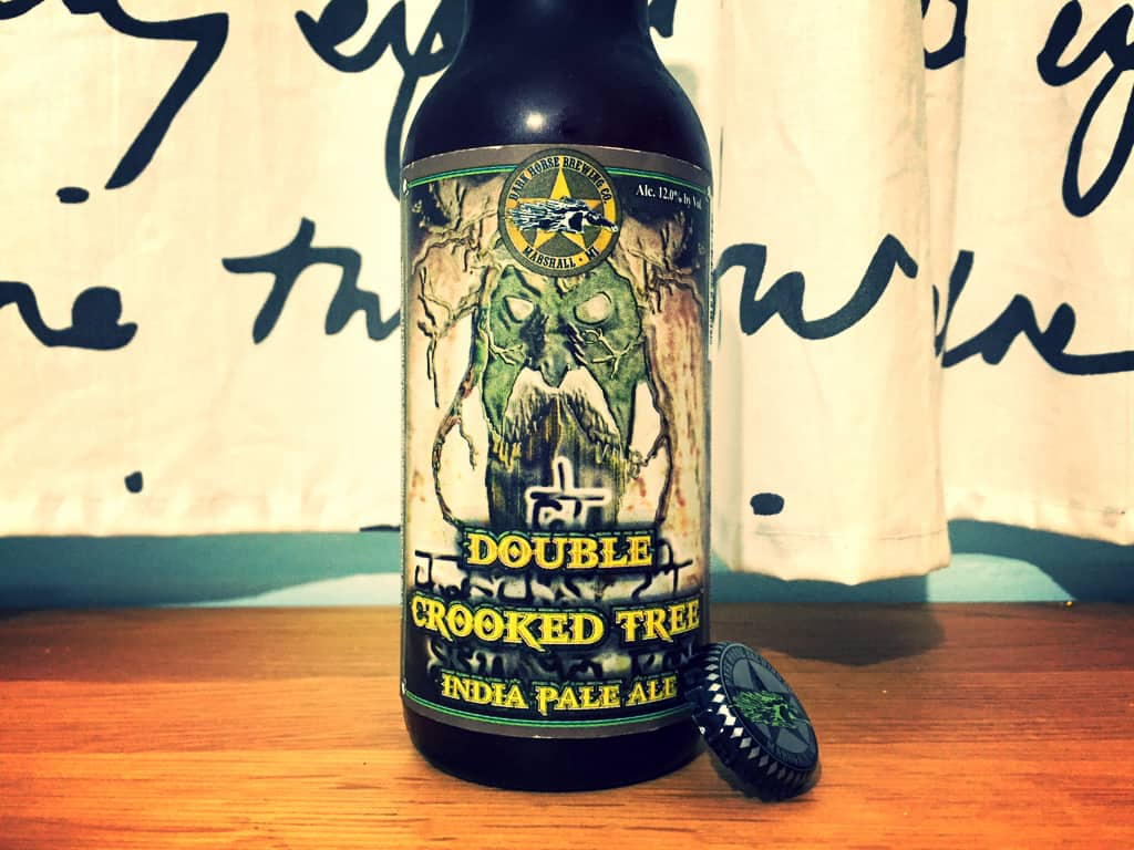 Photo of Dark Horse Double Crooked Tree IPA, ne place hameiul