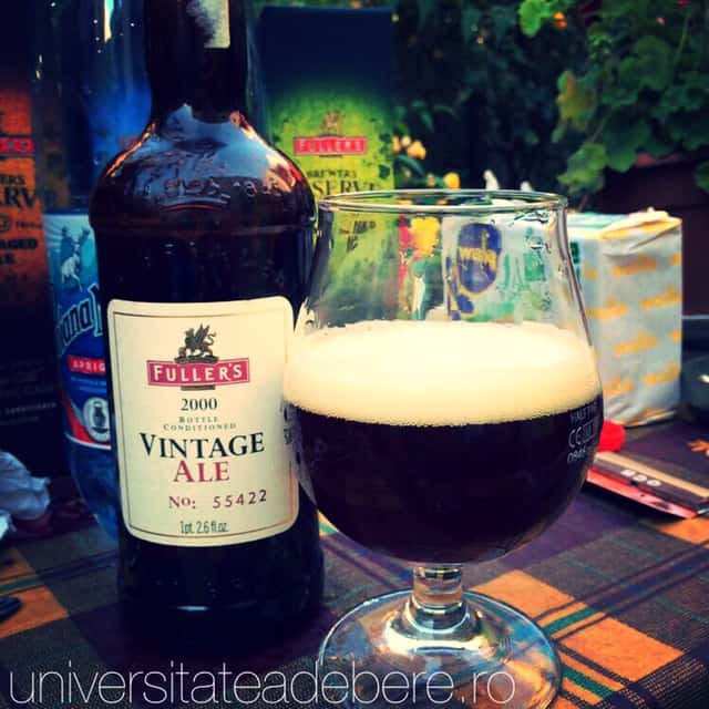Photo of Fuller's Vintage Ale 2000, catifea lichida